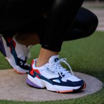 Giày Thể Thao  Adidas Falcon Trắng Xanh