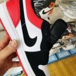 giay_nike_air_jordan_1_low_black_toe_(1).jpg