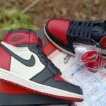 nike_air_jordan_1_retro_high_og_bred_toe_(1).jpg