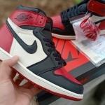 nike_air_jordan_1_retro_high_og_bred_toe_(6).jpg