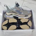 Sneaker Balenciaga Triple S Xám Lót Trắng