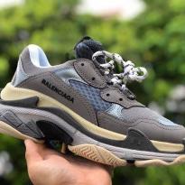 Sneaker Balenciaga Triple S Xám Lót Xanh