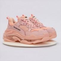 Sneaker Balenciaga Triple S Hồng