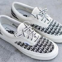 Giày thể thao Vans Old Skool Trắng  Chữ Đen