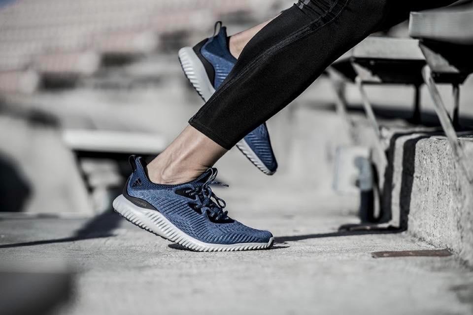 Đánh giá Adidas Alphabounce - Các dòng RC M, Beyond, Instinct